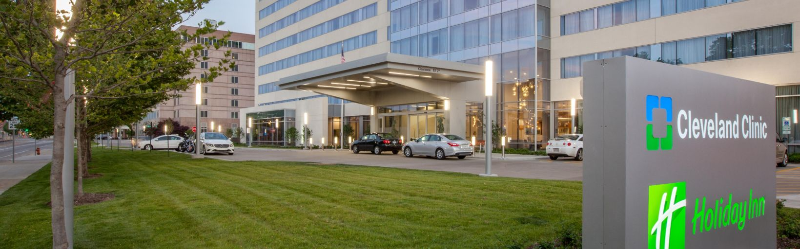 Hotels Near Cleveland Clinic Main Campus