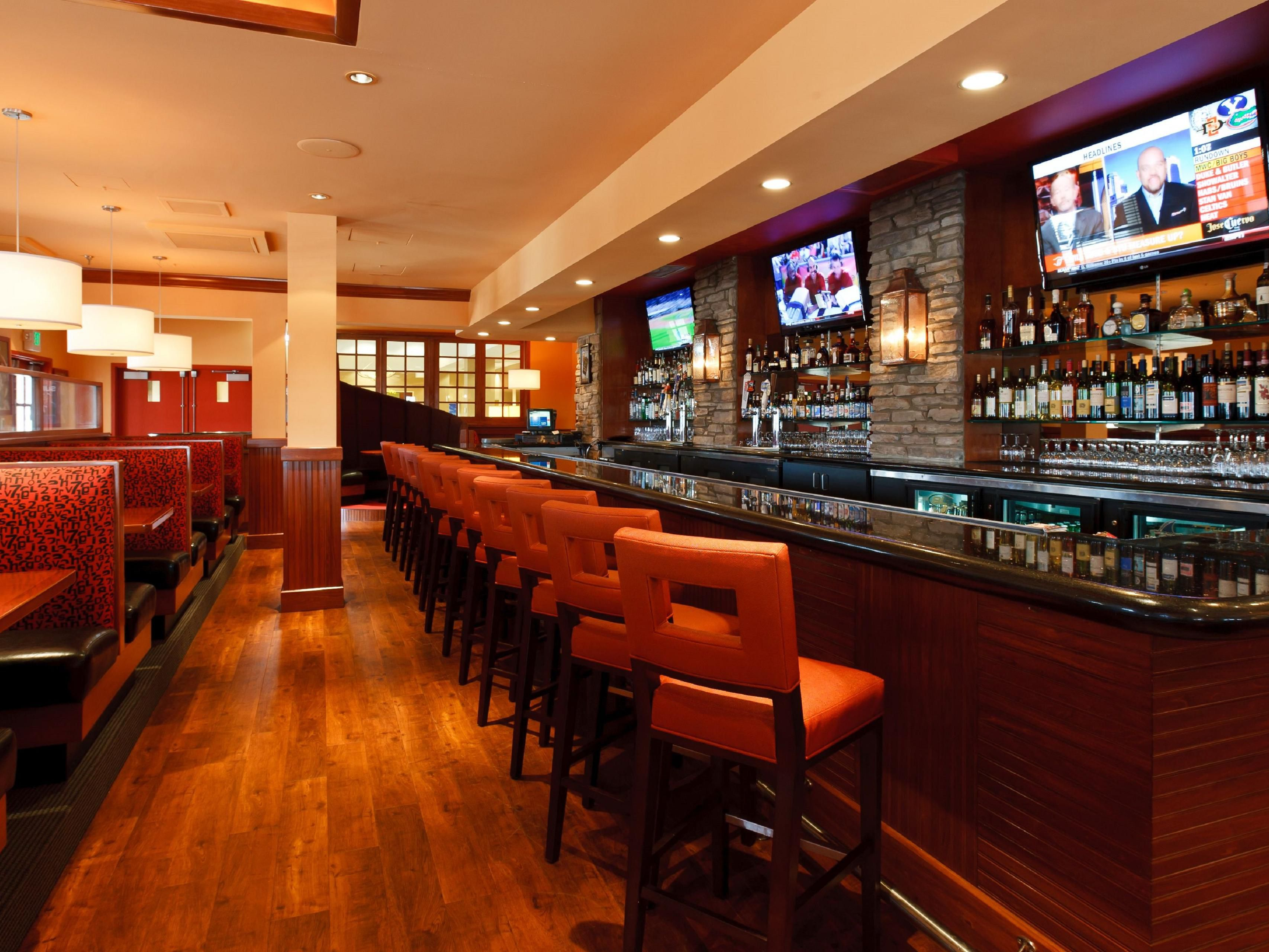 Colorado Springs Hotel Restaurant - Sporting News Grill