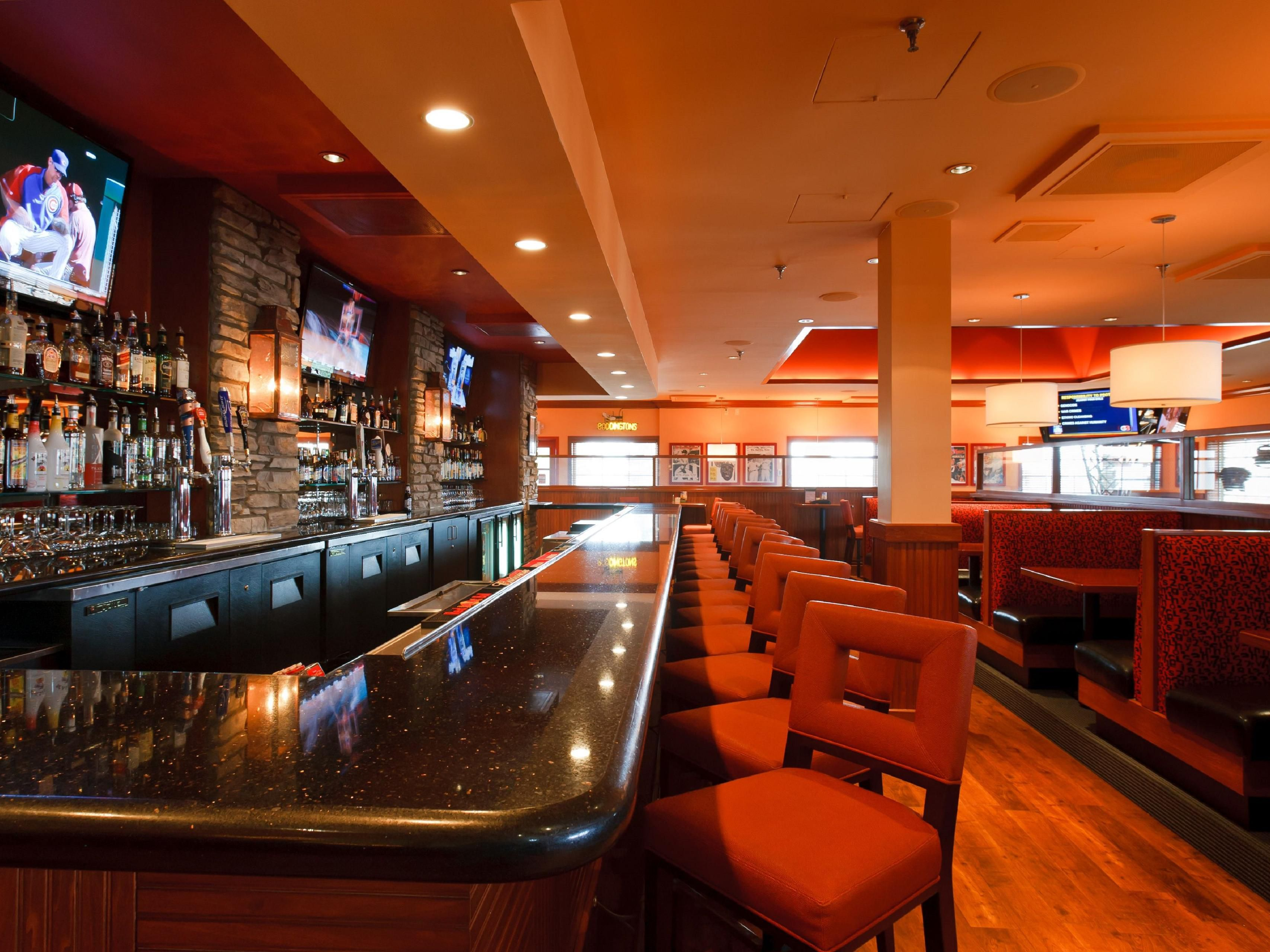 Colorado Springs Hotel Lounge - Sporting News Grill