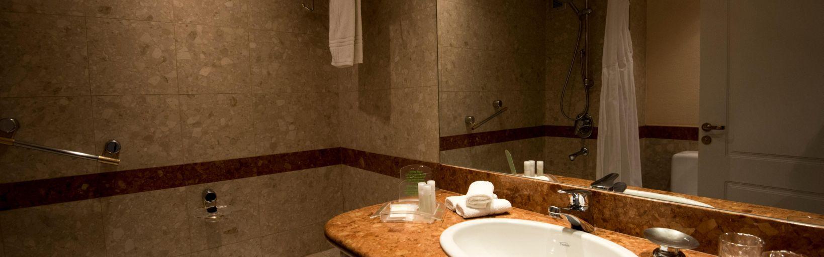 Holiday Inn Cordoba Hotels Holiday Inn Cordoba Hotel Room Rates