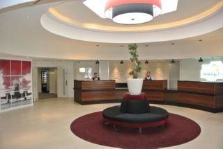 London Gatwick Worth In Crawley Mobile Site Holiday Inn