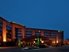 Holiday Inn Chicago Nw Crystal Lk Conv Ctr in Elgin, Illinois