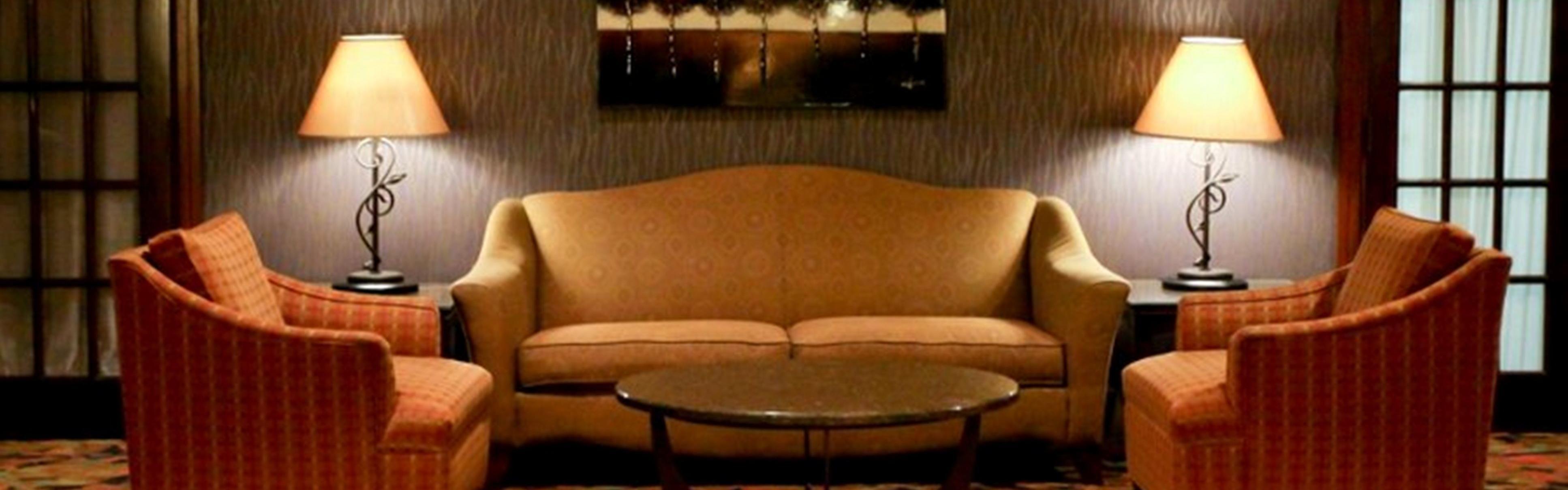 Holiday Inn Dubuque/Galena Hotel By IHG