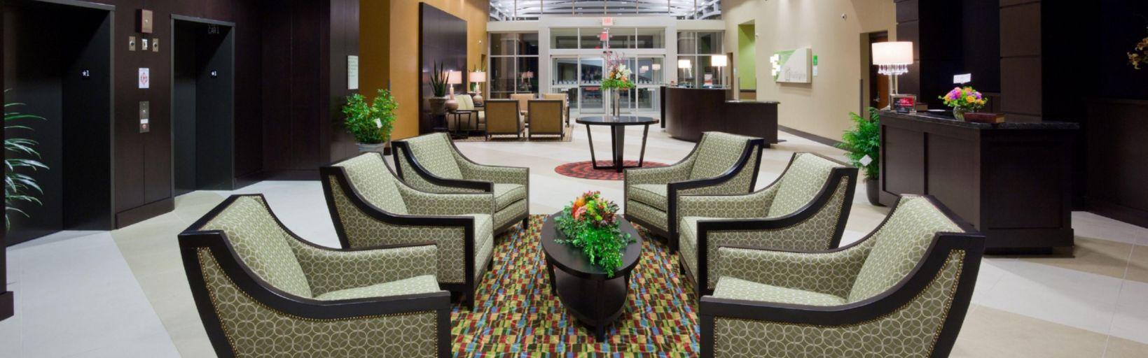 Hotel Lobby Area Holiday Inn Eau Claire South
