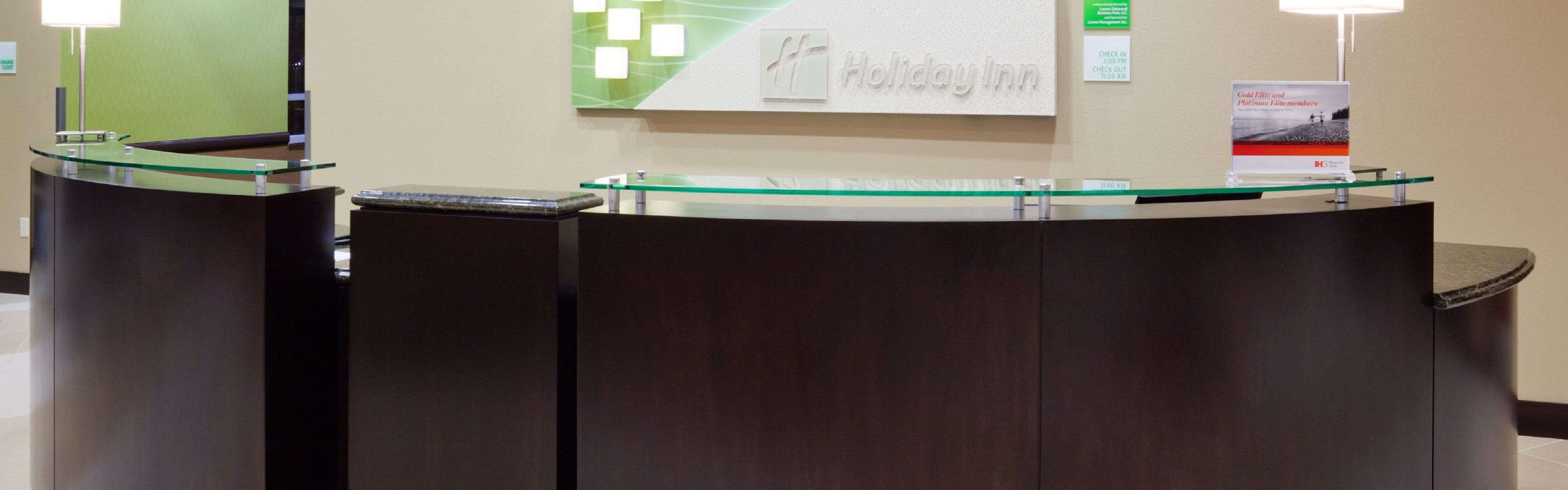 ... Front Desk Area At The Holiday Inn Eau Claire South ...