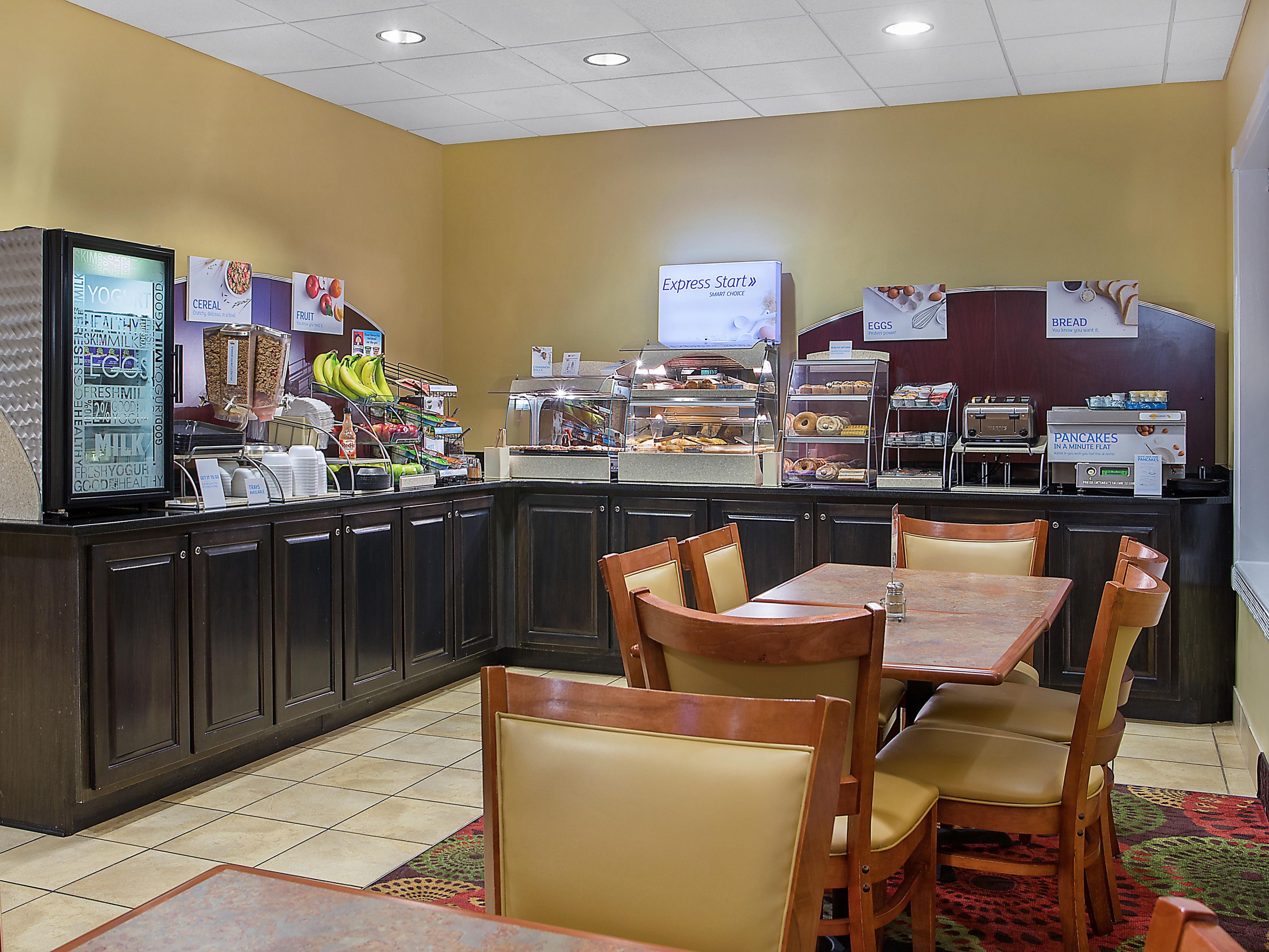 Holiday Inn Express Wickam Dining Options Fort Knox Hotel