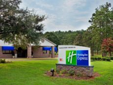 Holiday Inn Express Magnolia & Cypress on Ft. Polk in Leesville, Louisiana