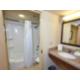 Holiday Inn Express - Powless Guest House, Guest Bathroom
