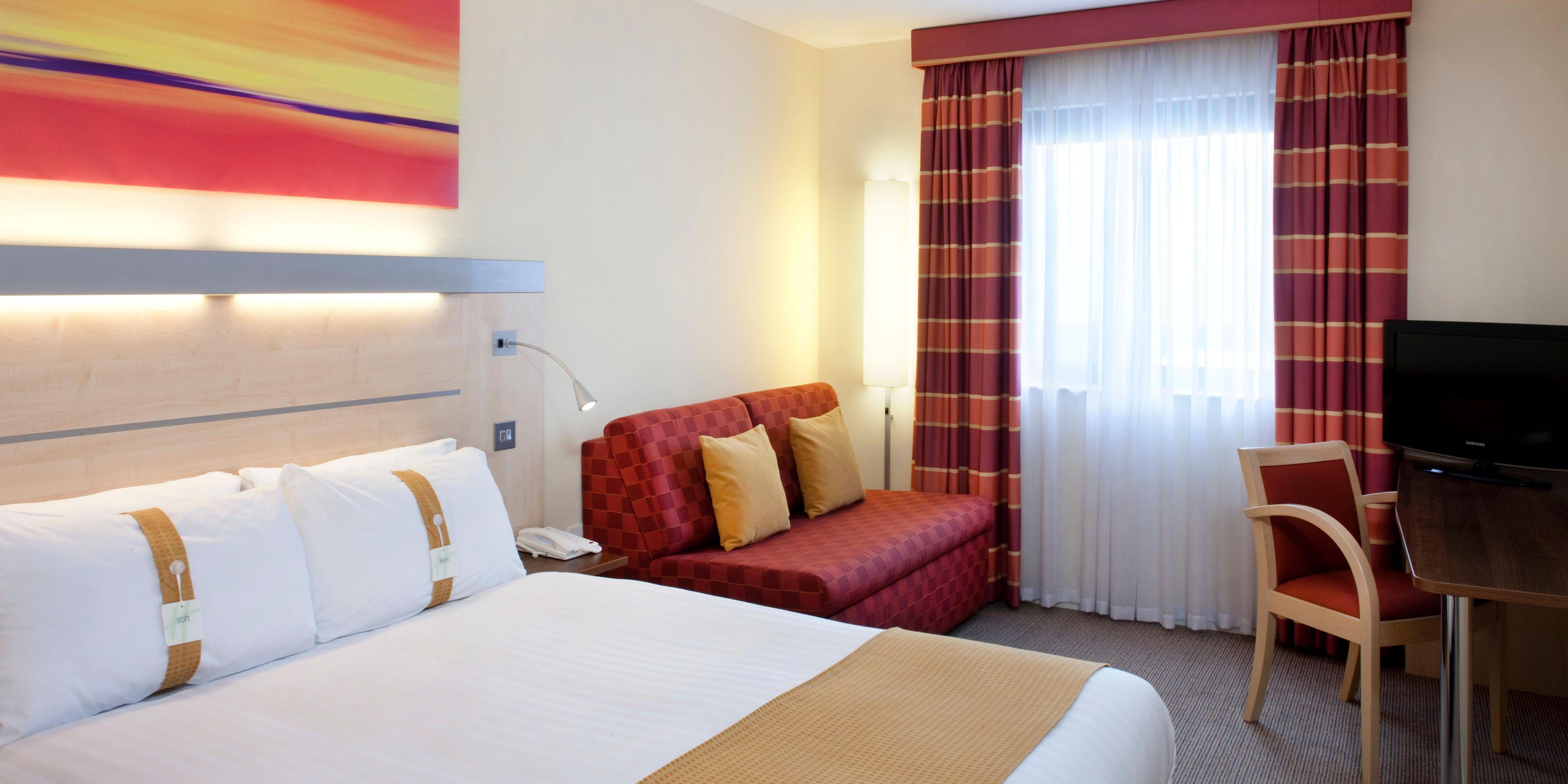 Holiday Inn Express Aberdeen 2531775146 2x1