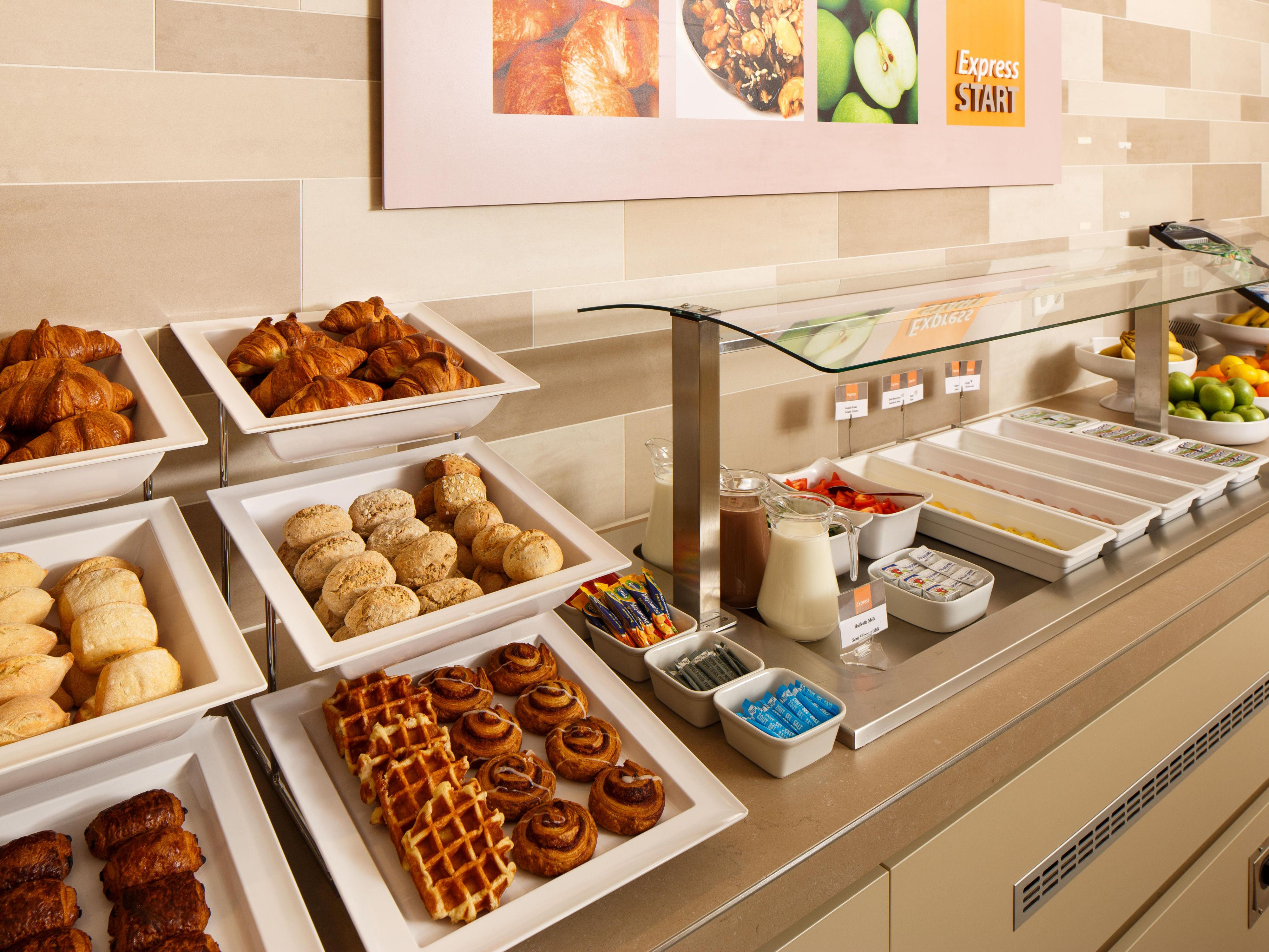 Browse our delicious Breakfast Buffet