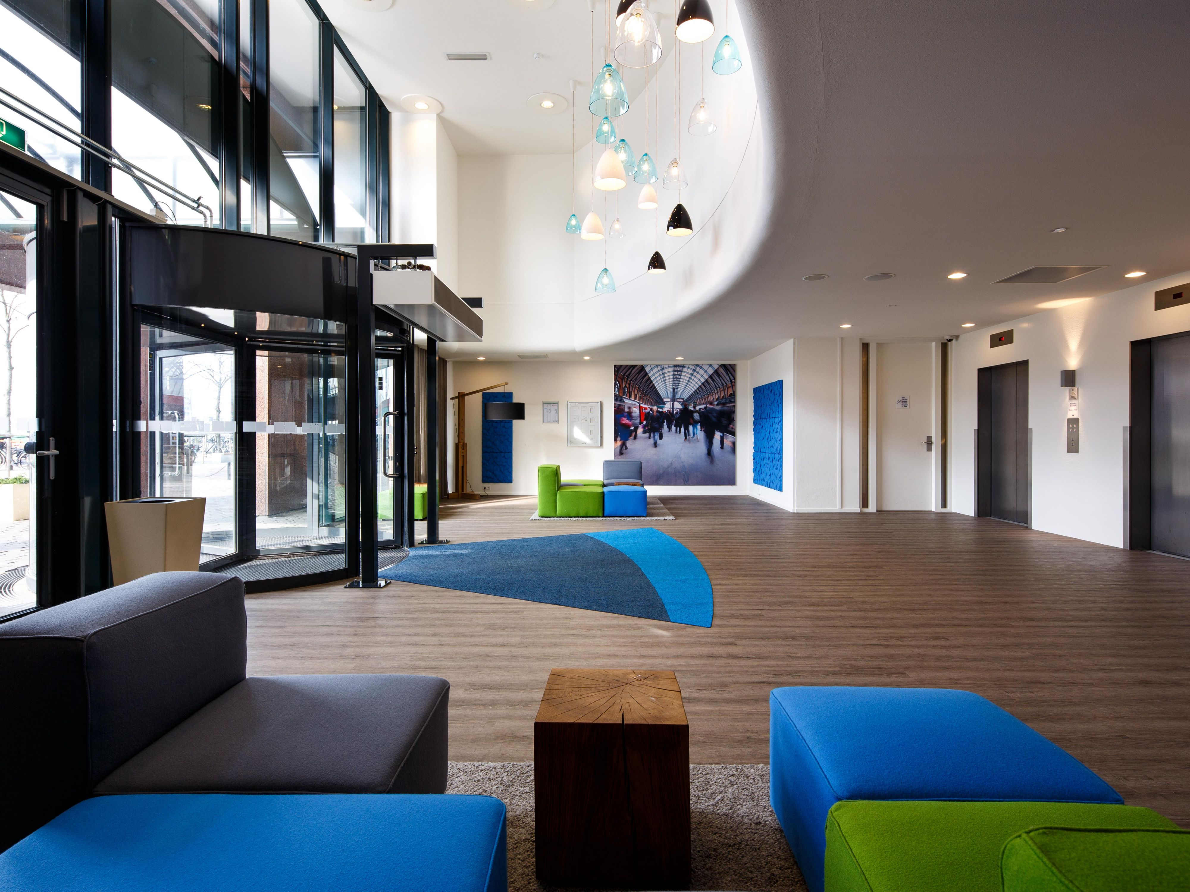 Welcome at Holiday Inn Express Amsterdam - Sloterdijk Station!