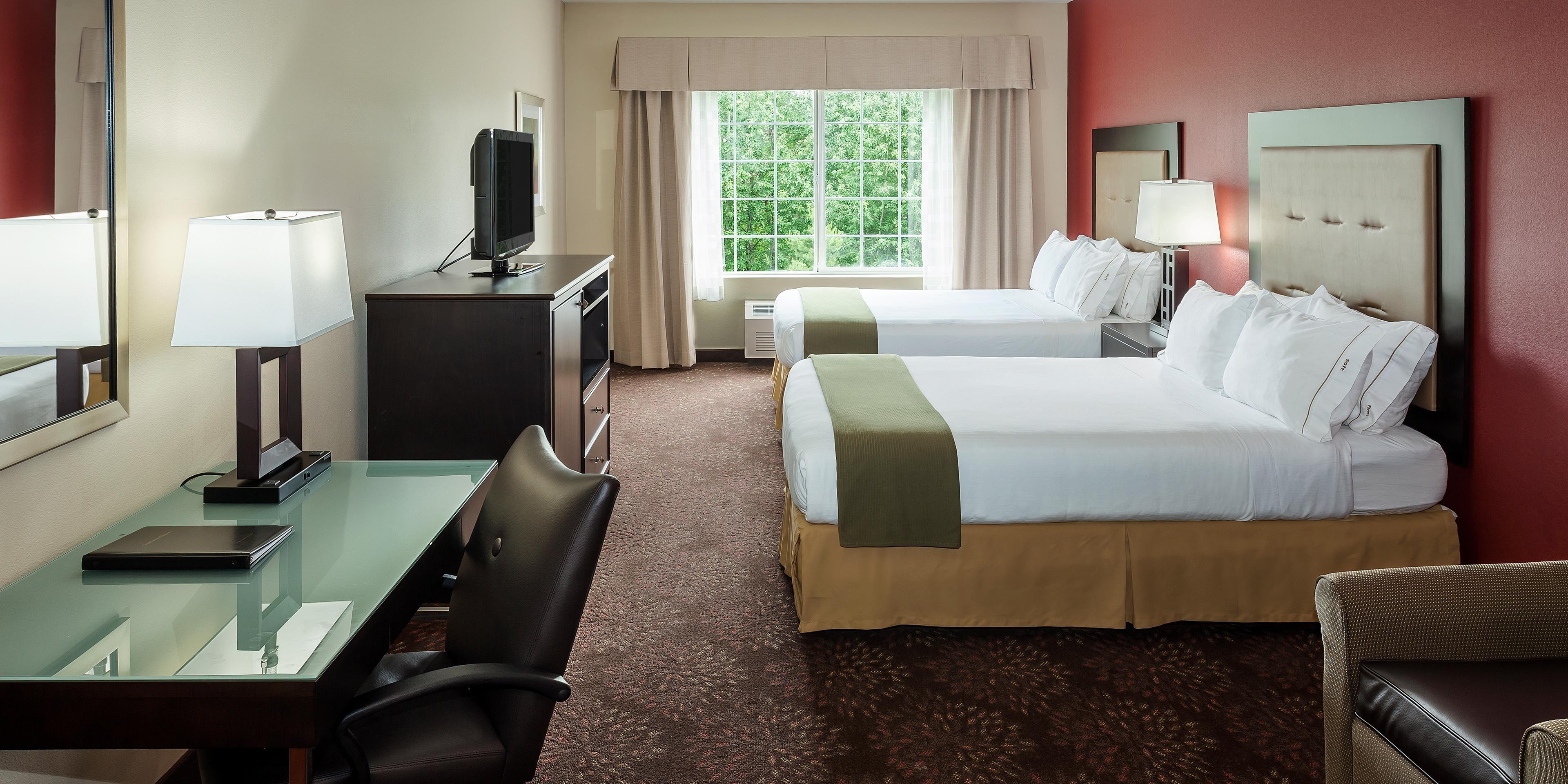 Holiday Inn Express Anchorage 2825046798 2x1