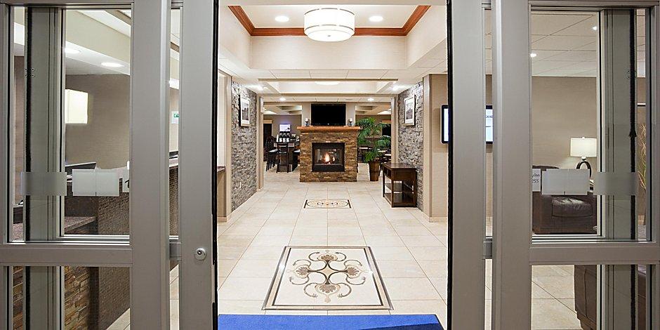Holiday Inn Express & Suites Aberdeen Hotel by IHG