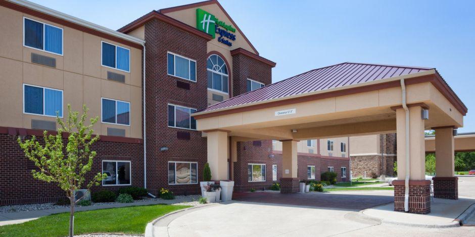 Aberdeen South Dakota Hotel Holiday Inn Express