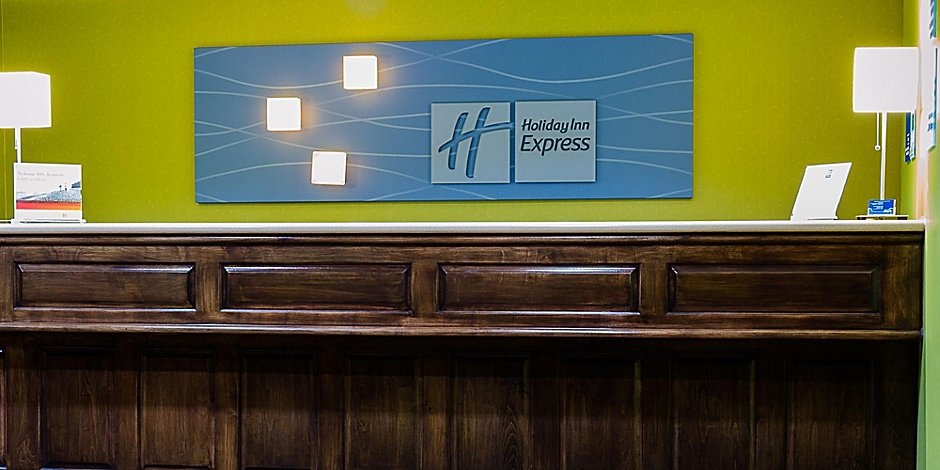Holiday Inn Express & Suites Acme-Traverse City Hotel by IHG