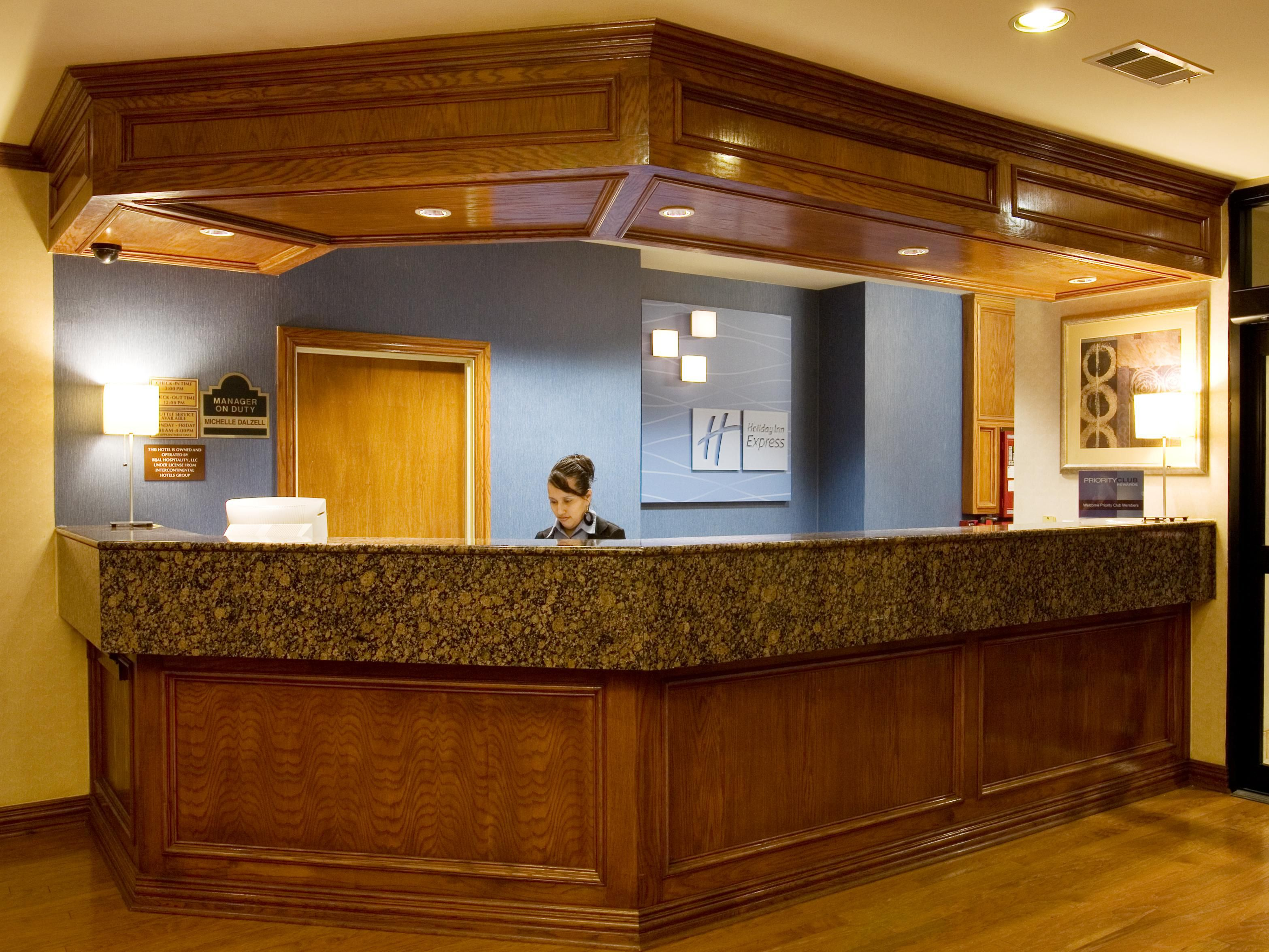 Holiday Inn Express Addison Front Desk