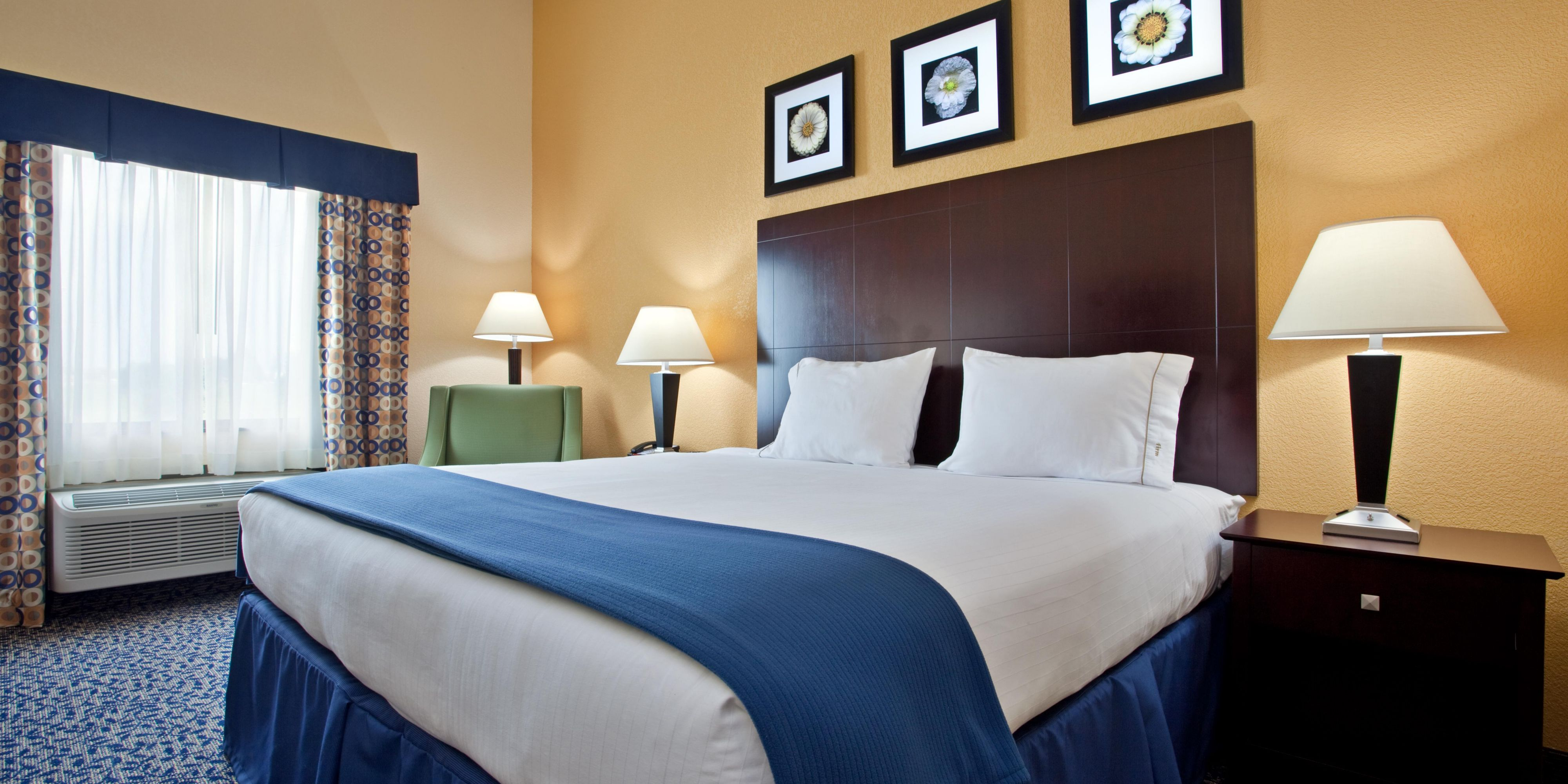 Holiday Inn Express U0026 Suites Akron Regional Airport Area
