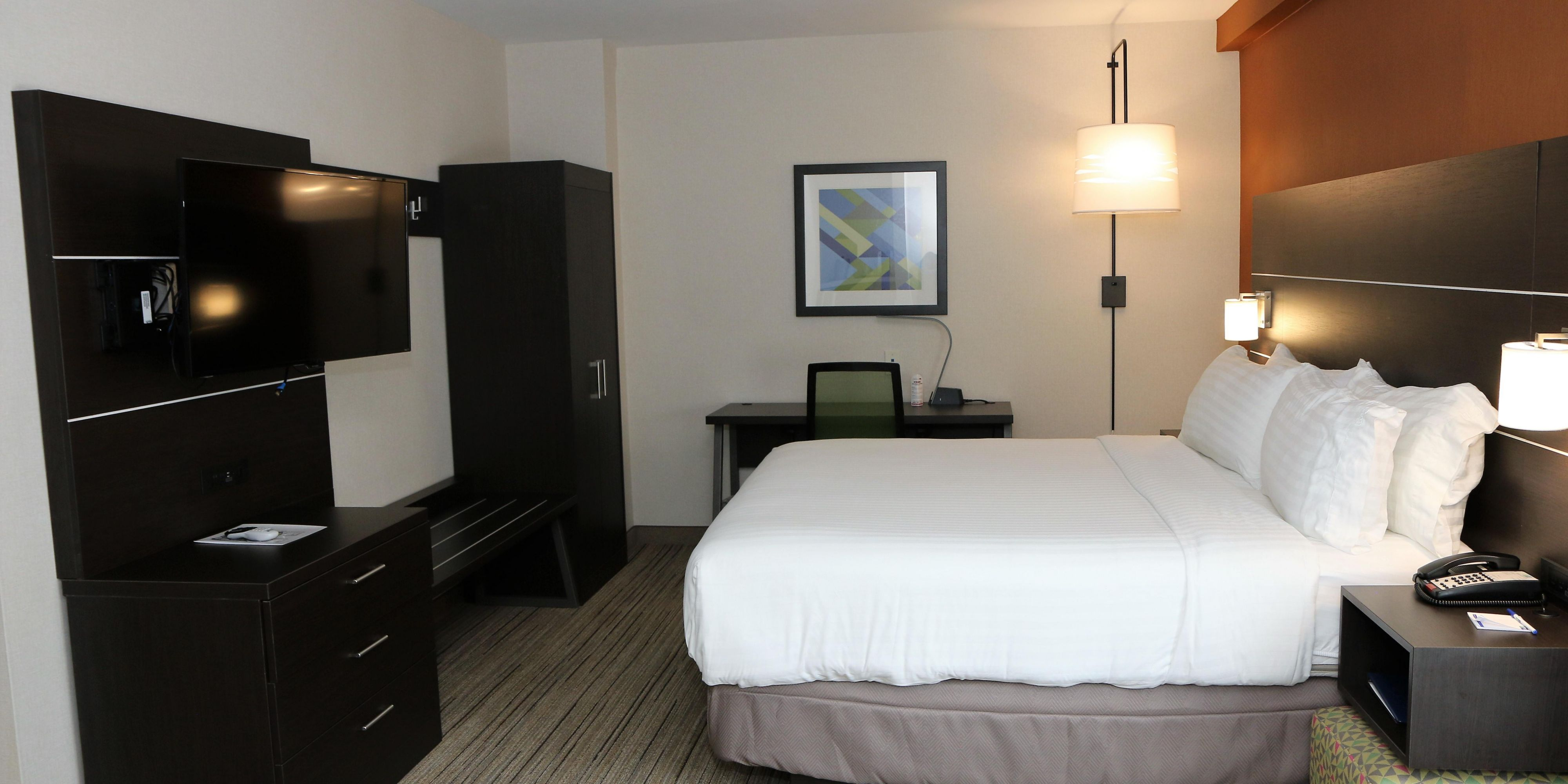 Holiday Inn Express And Suites Alabaster 5124295930 2x1