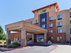 Holiday Inn Express & Suites Albuquerque Historic Old Town in Bernalillo, New Mexico
