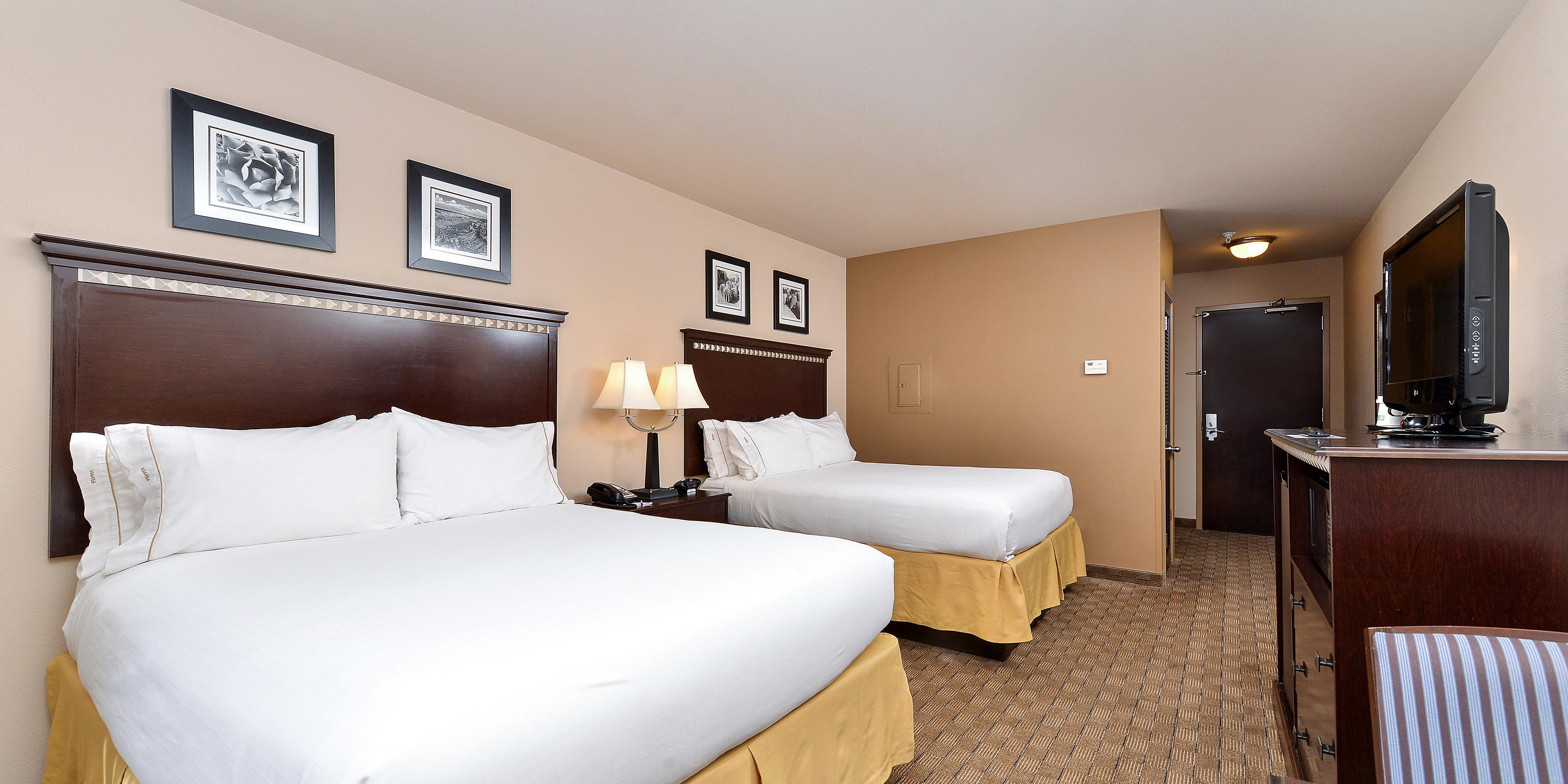 Holiday Inn Express And Suites Albuquerque 4284781315 2x1