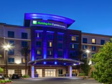 Holiday Inn Express & Suites Anaheim Resort Area in West Covina, California