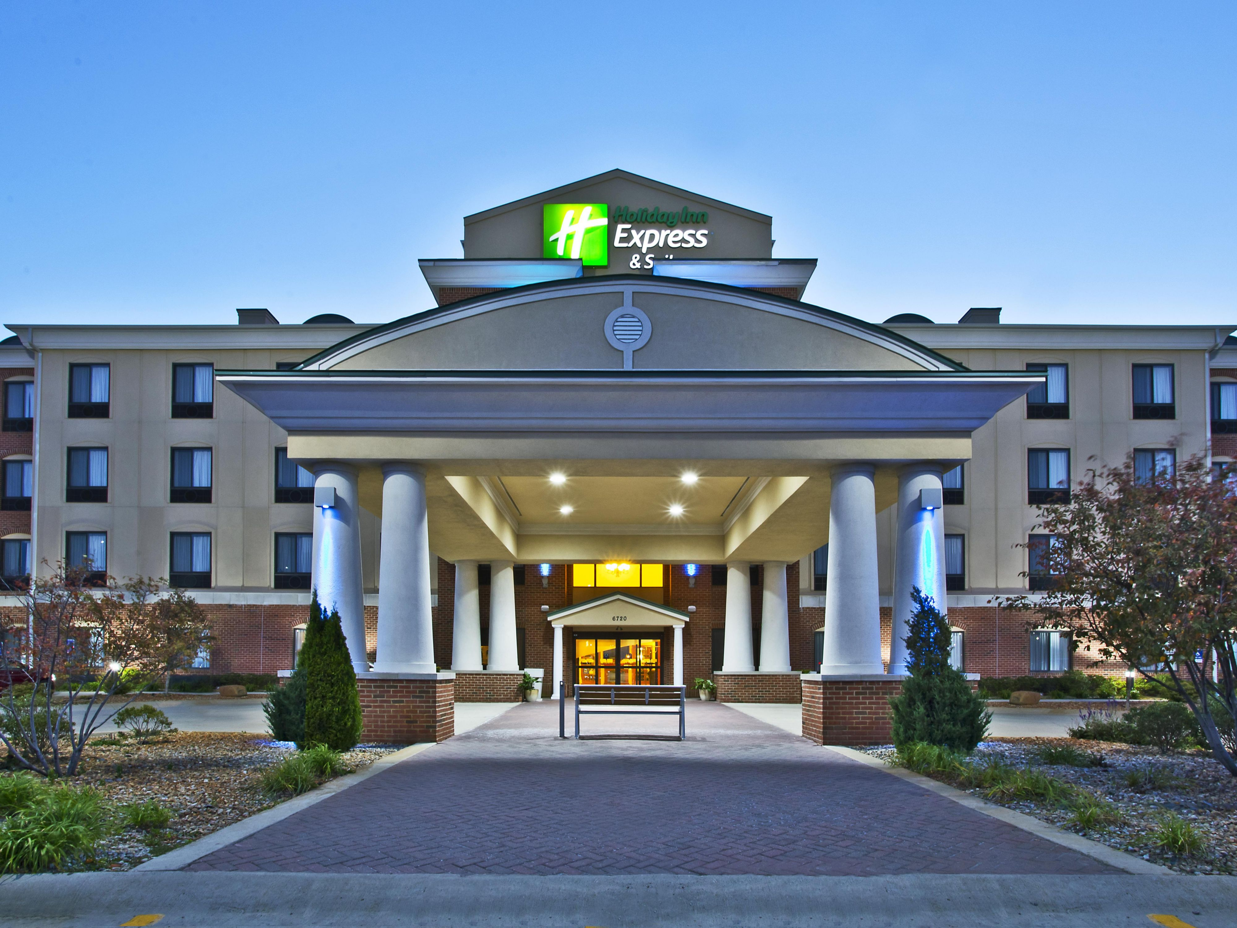 Holiday Inn Express Suites Anderson Hotel In Indiana Hotels