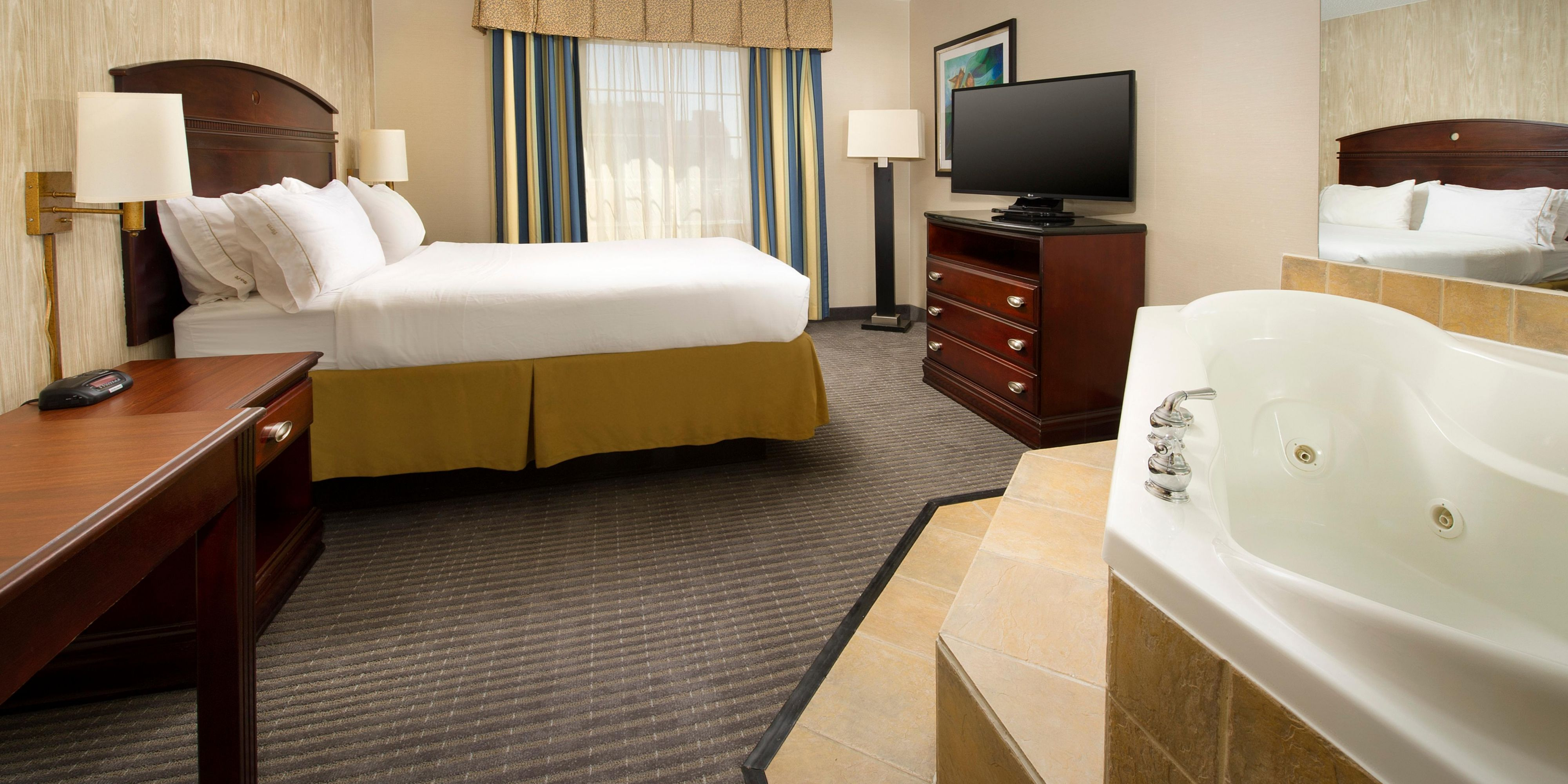 Holiday Inn Express And Suites Annapolis 4437990535 2x1