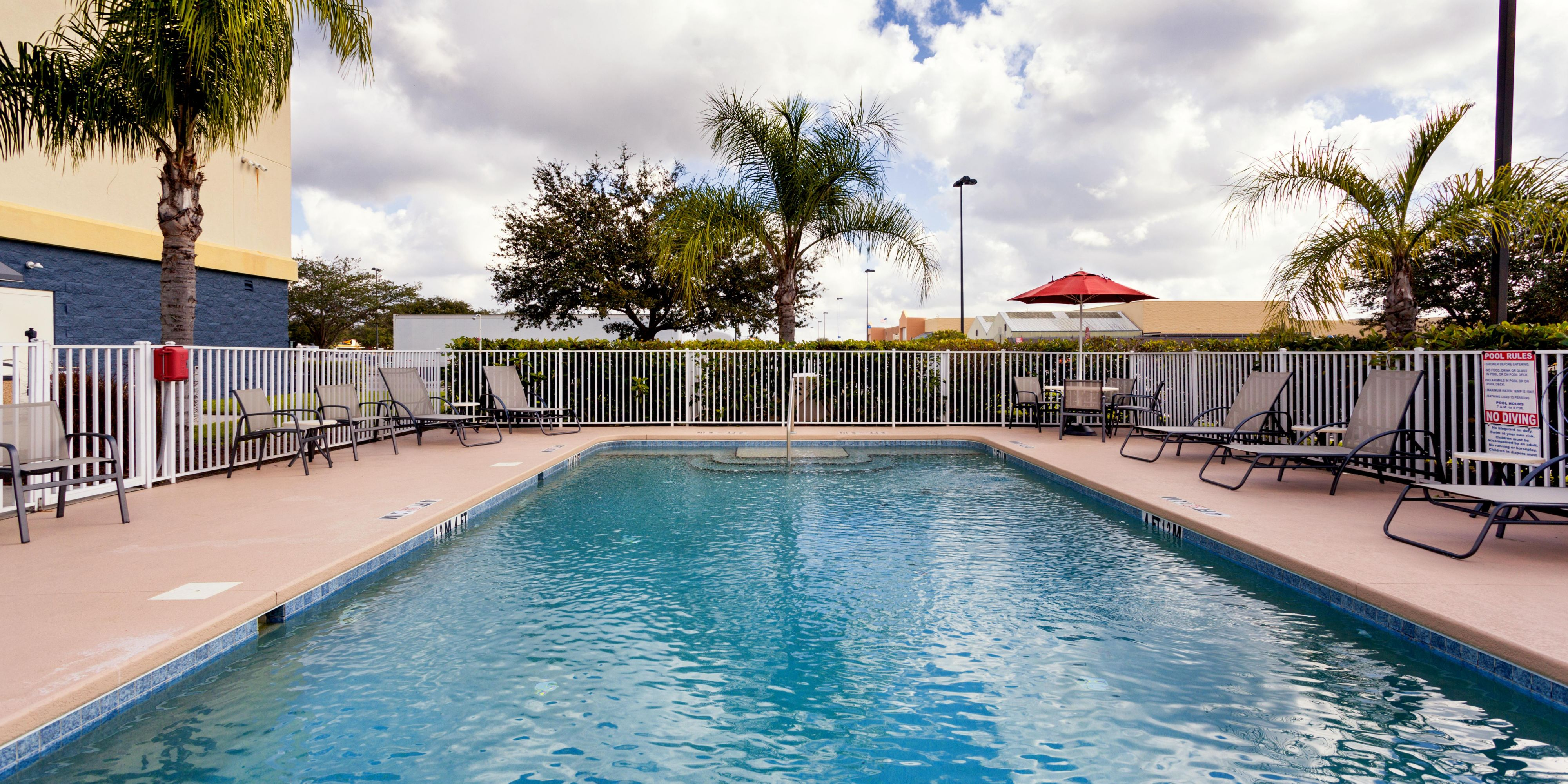 Holiday Inn Express And Suites Arcadia 4303249423 2x1