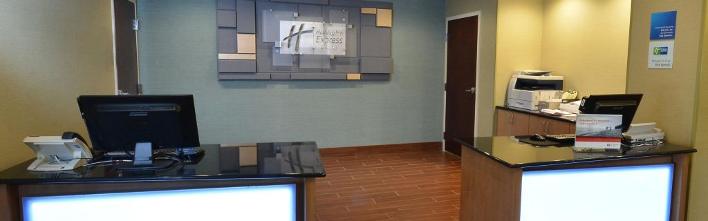 Enjoy A Quick Check In At Our Hotel Near High Point University