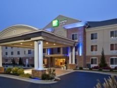 Holiday Inn Express & Suites High Point South in Asheboro, North Carolina