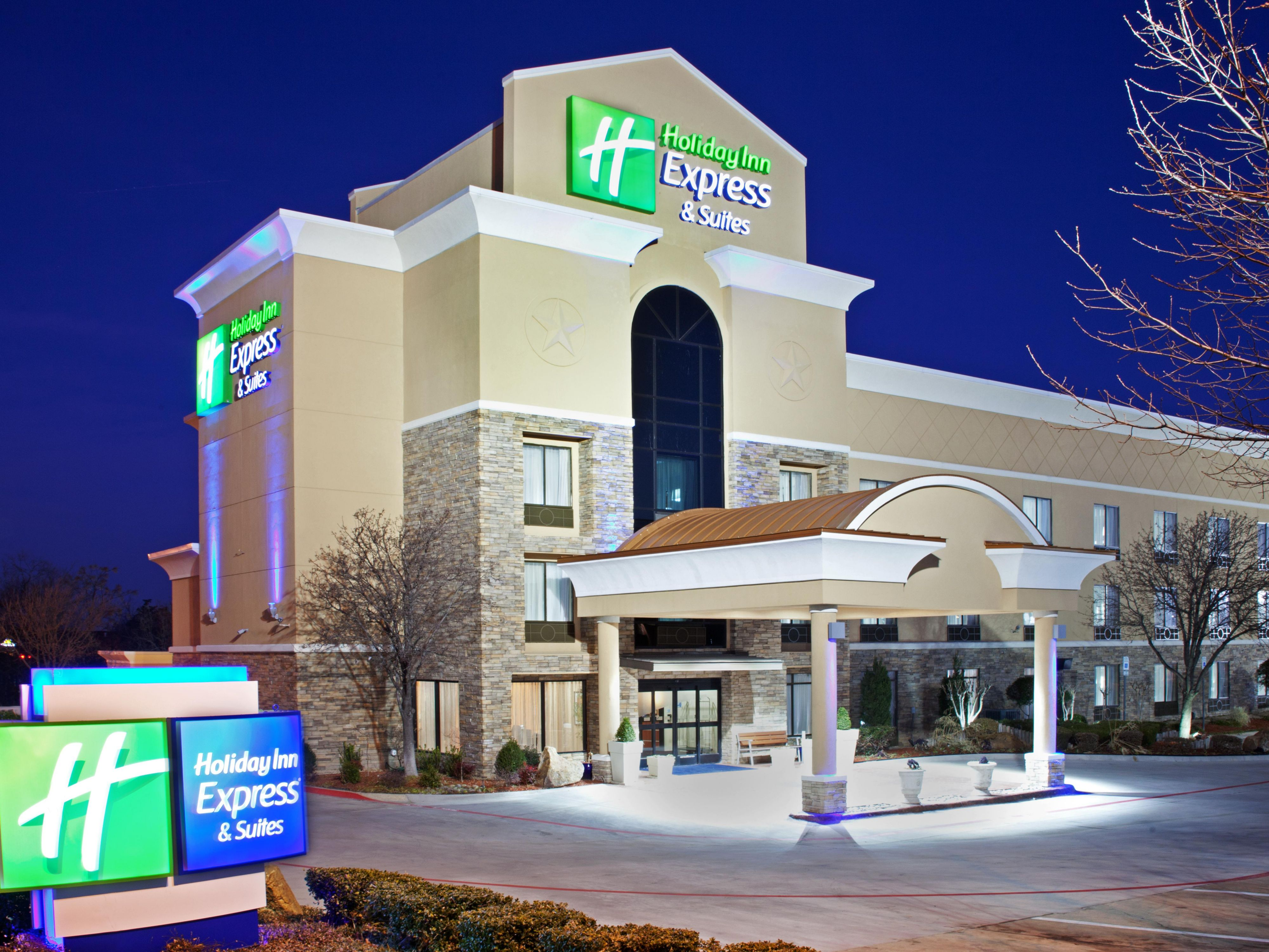 Holiday Inn Express Arlington I20-Parks Mall Exterior
