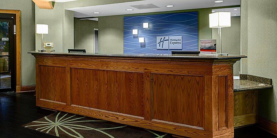 Buckhead Hotels Near Downtown Atlanta   Holiday Inn Express
