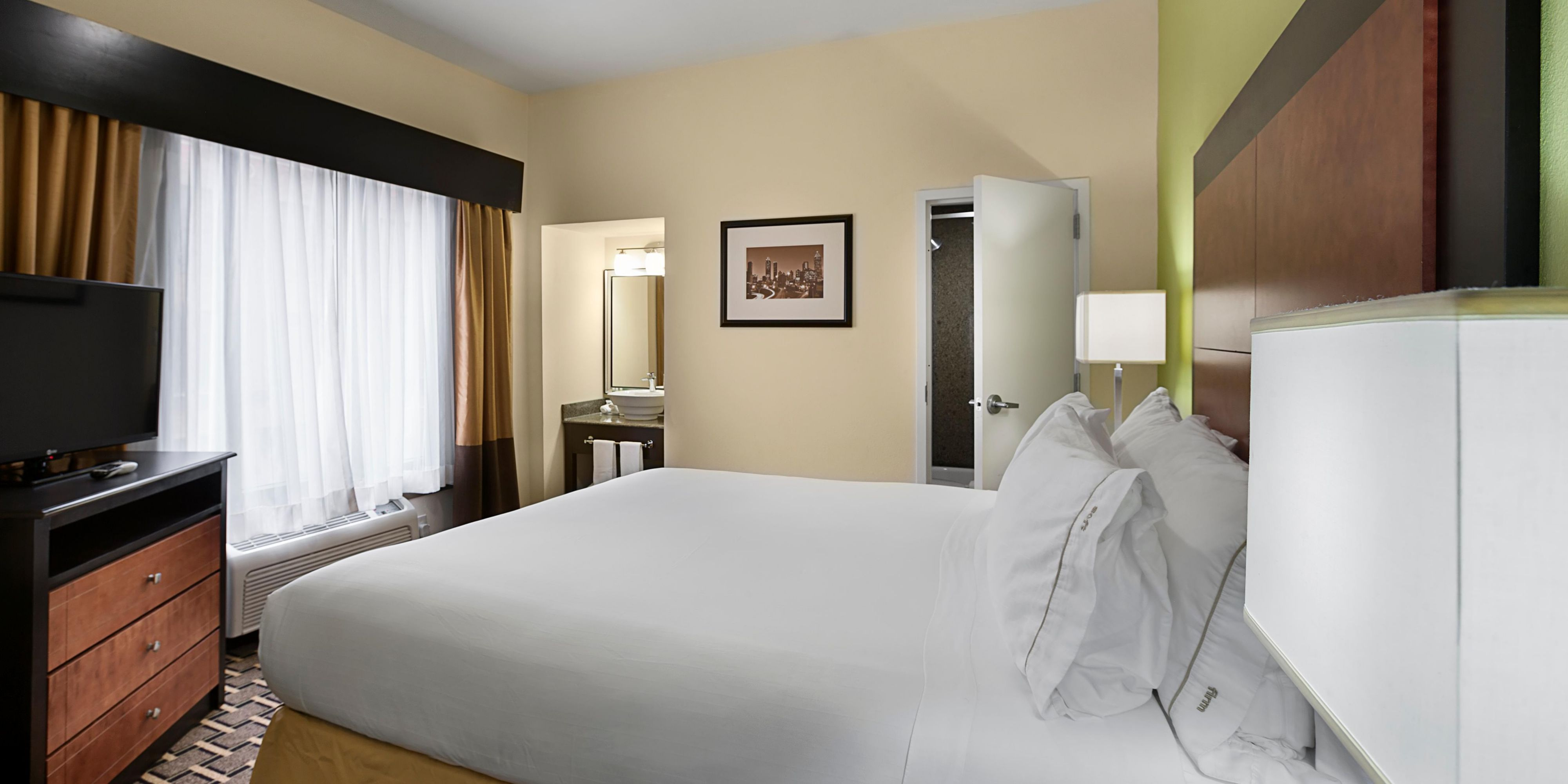 Holiday Inn Express Suites Atlanta Downtown Hotel by IHG