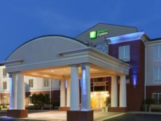 Holiday Inn Express & Suites Auburn - University Area in Auburn, Alabama