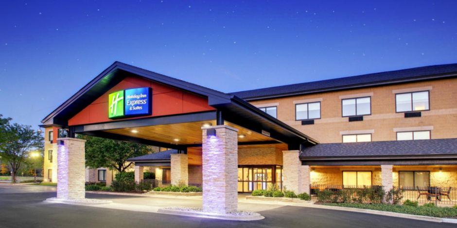 Holiday Inn Express & Suites Aurora - Naperville Hotel by IHG