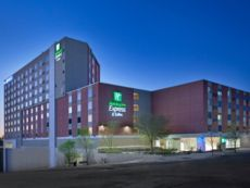 Holiday Inn Express & Suites Austin Downtown - University in Bastrop, Texas
