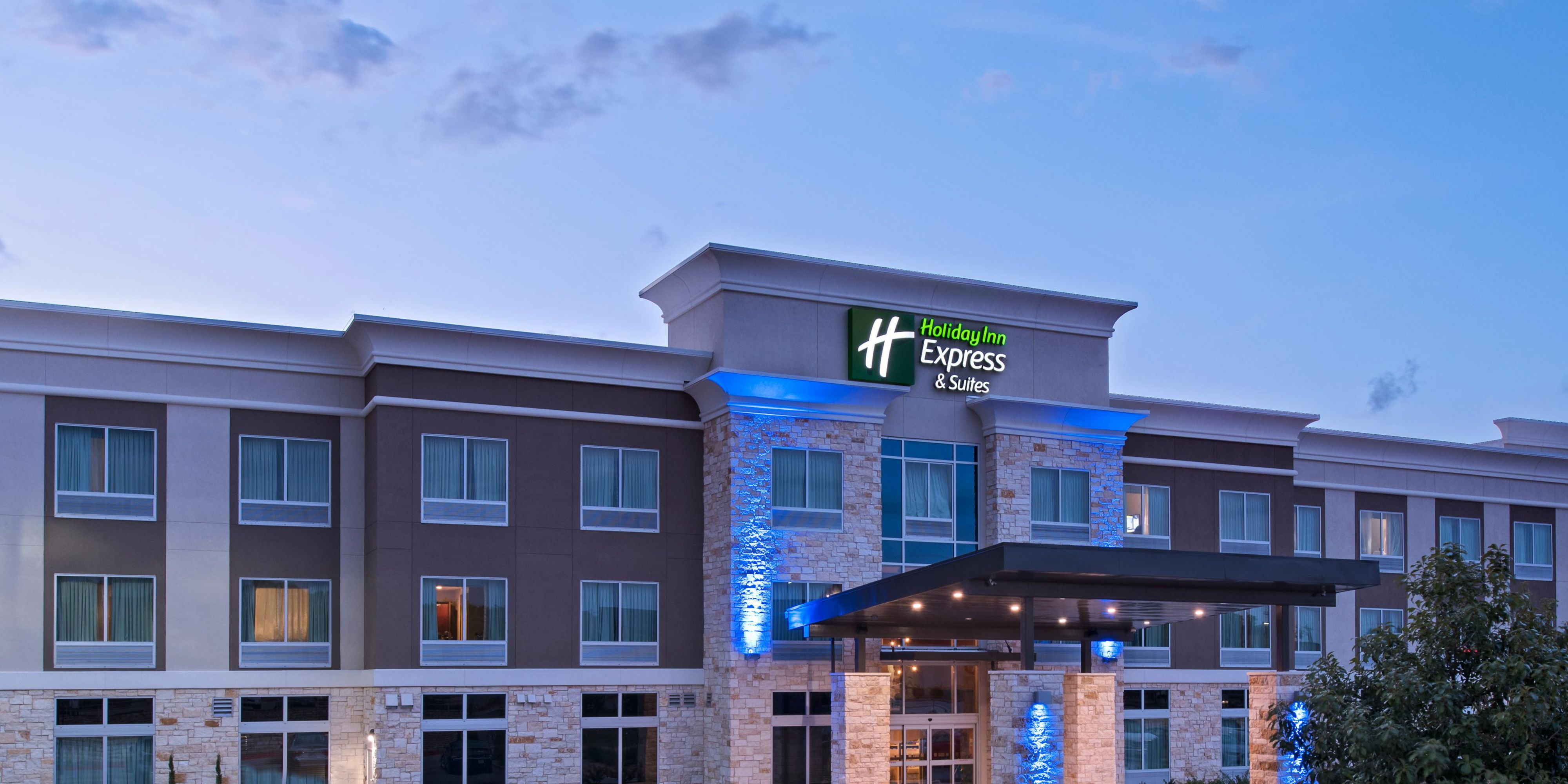 Cost to build a new house in austin - Holiday Inn Express And Suites Austin 4786433439 2x1