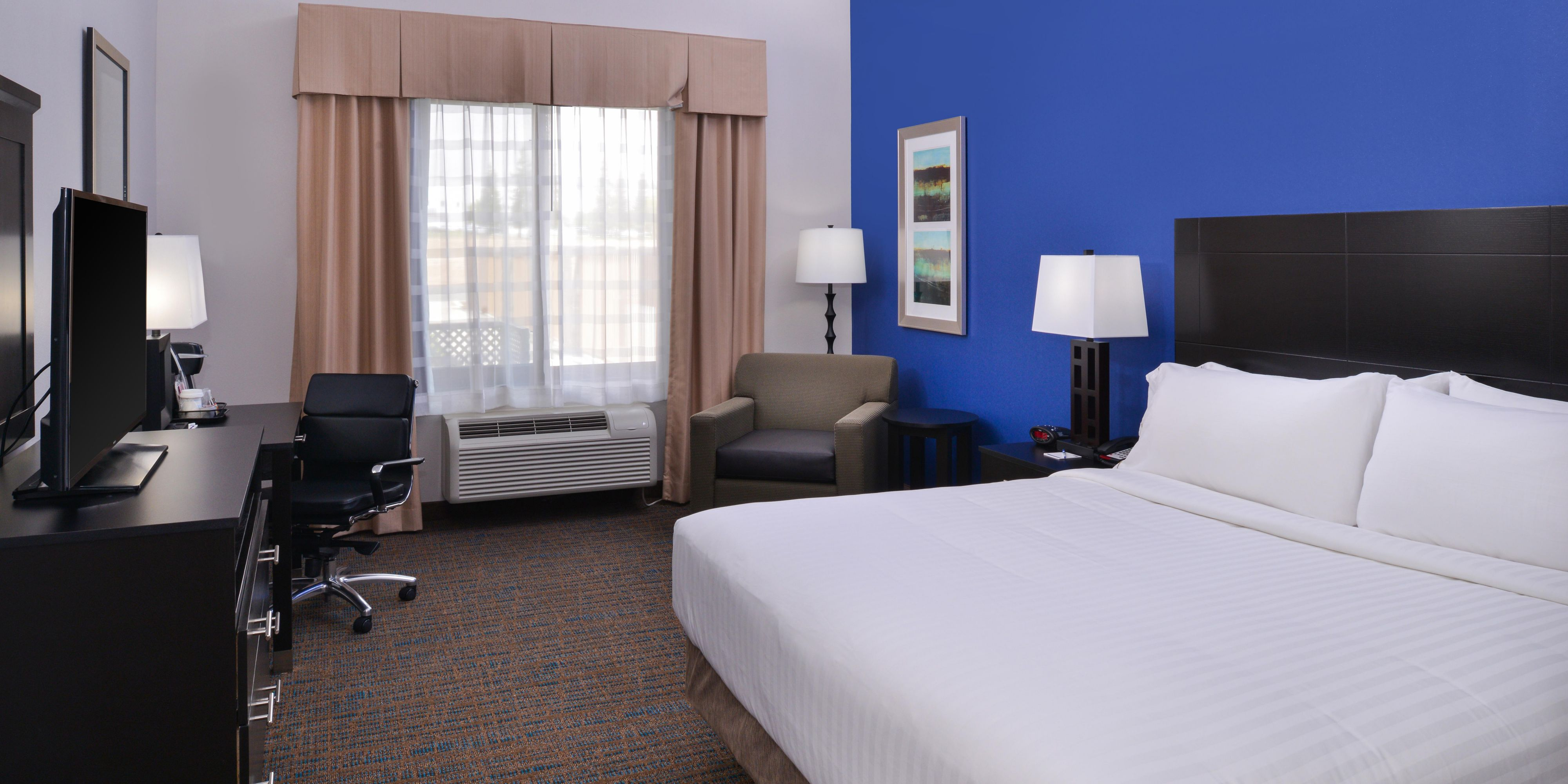 holiday inn express suites bakersfield airport hotel by ihg