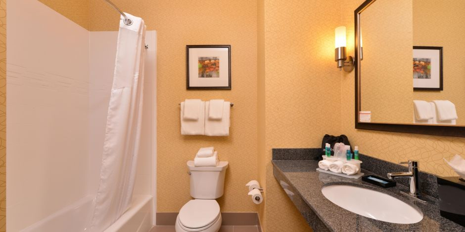 Hotel Specials For Holiday Inn Express Suites Bakersfield Airport