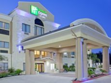 Holiday Inn Express & Suites Beaumont Nw Parkdale Mall in Winnie, Texas