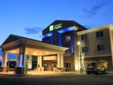 Holiday Inn Express & Suites Belle Vernon in Uniontown, Pennsylvania