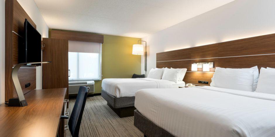 Holiday Inn Express & Suites Charlotte Arpt-Belmont Hotel in Belmont ...