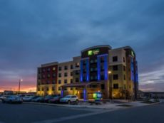 Holiday Inn Express & Suites Billings West in Lockwood, Montana