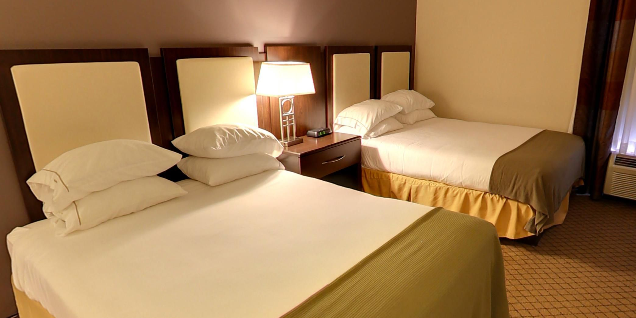 Holiday Inn Express And Suites Blythewood 2533151824 2x1