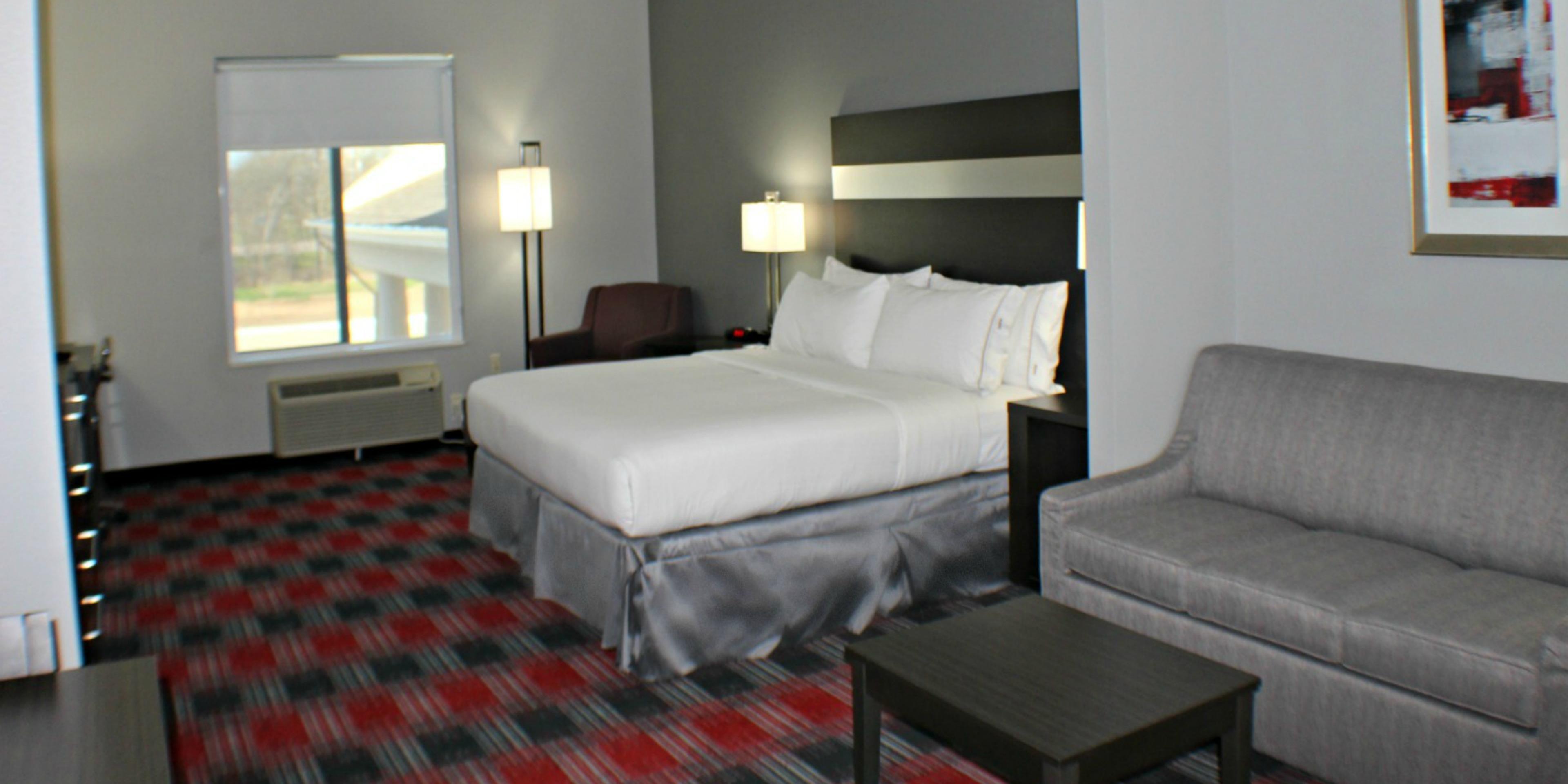 Holiday Inn Express And Suites Bonham 4367255416 2x1