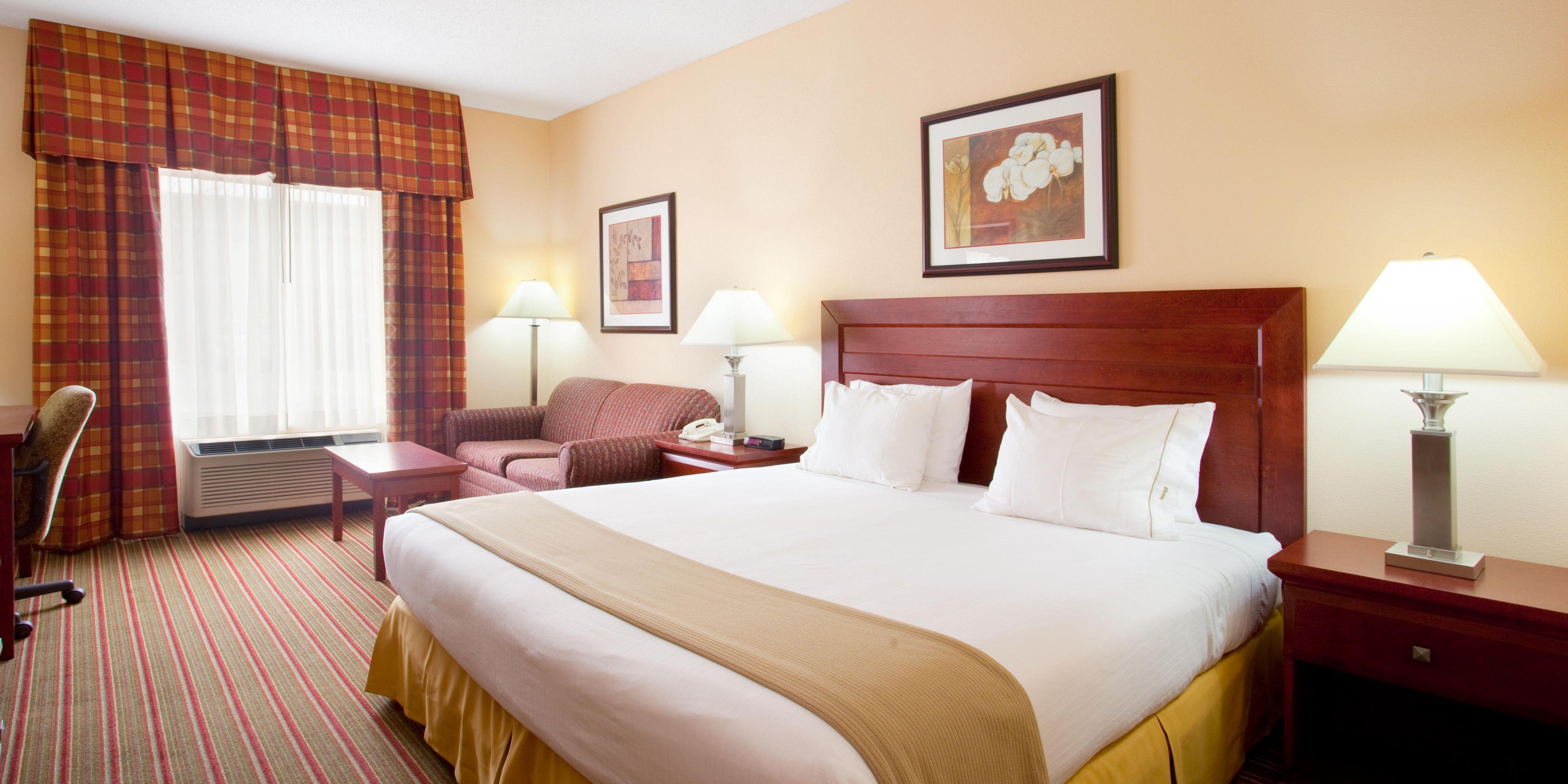 Holiday Inn Express And Suites Bourbonnais 4281724236 2x1