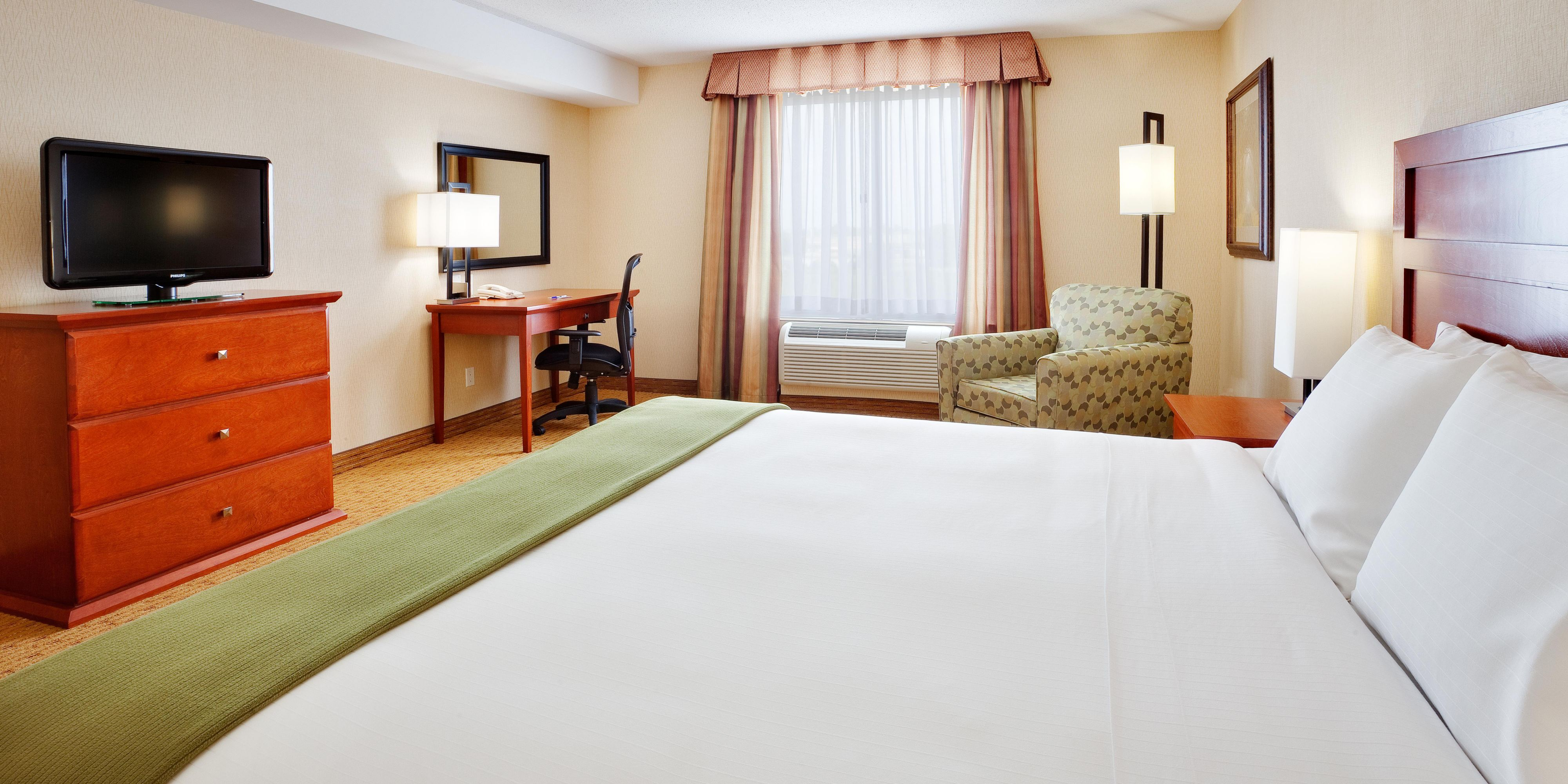 Holiday Inn Express And Suites Bowmanville 4335079419 2x1