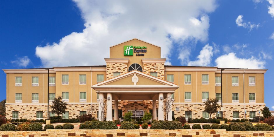 Welcome To The Holiday Inn Express Suites Brady