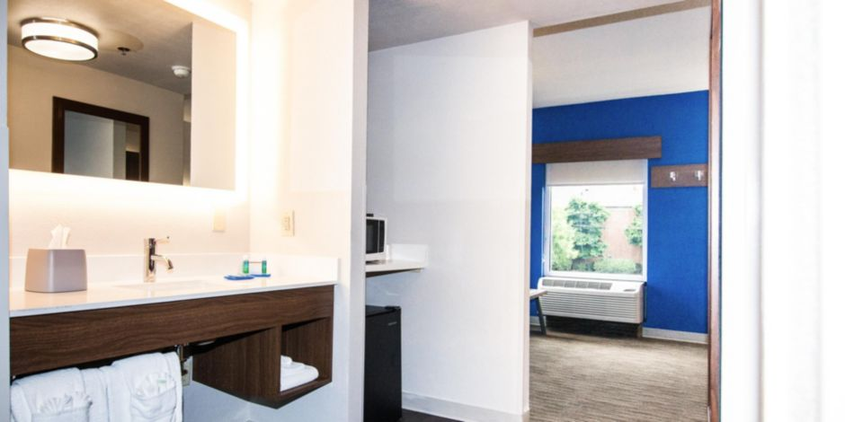 Holiday Inn Express Suites Brentwood North Nashville Area Hotel By Ihg