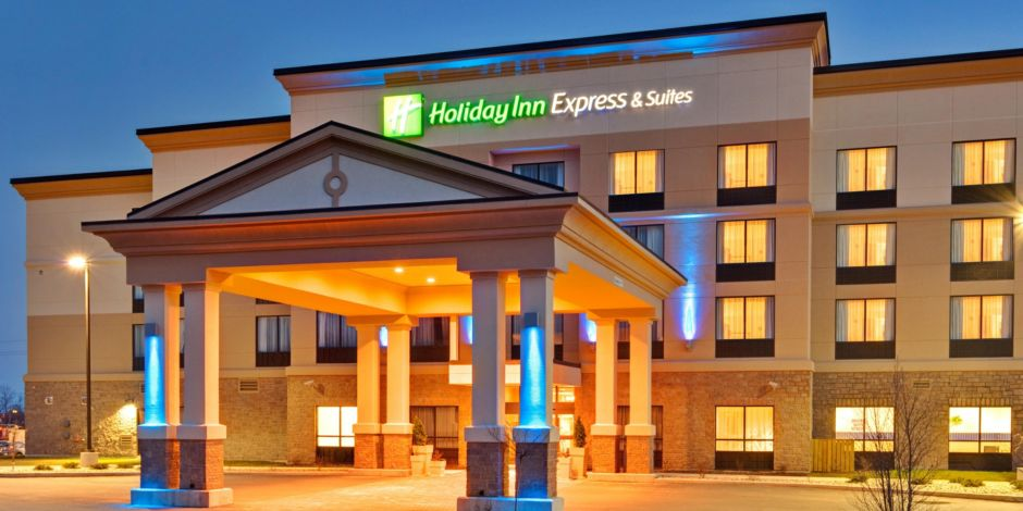 Holiday Inn Express Suites Brockville